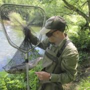 Pesca de salmón en el río Esva, Asturias